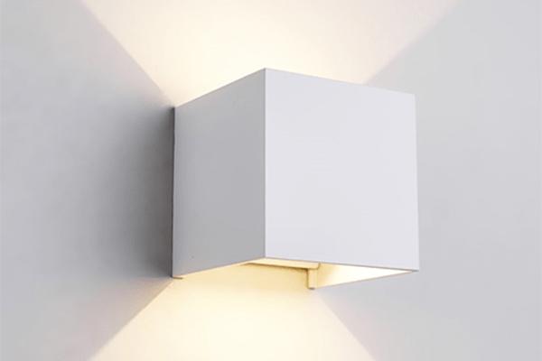 Đèn LED gắn tường ngoài trời LWA803-WH Kingled